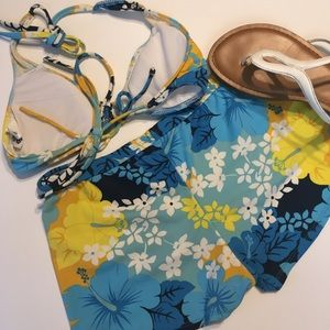 Bare Nothings Swim - 🍁 Boy Short Floral Bikini Small Top Large Bottom